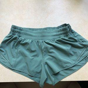 Lululemon Shorts (8)